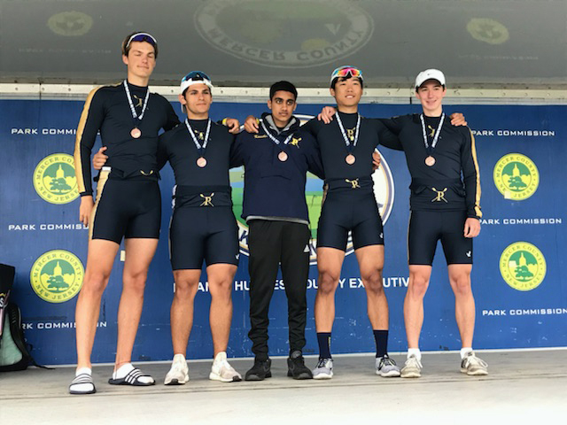 Boys' crew qualifies for Youth Nationals